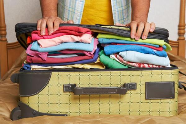 có nên chuyển giúp hành lý cho người khác không.jpg 2